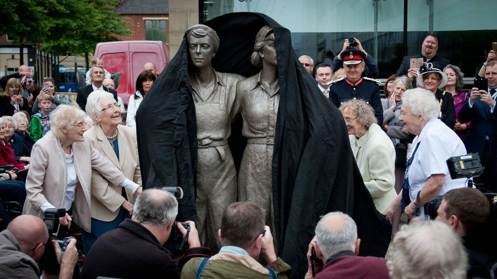 Unveiling the Women of Steel statue in Sheffield