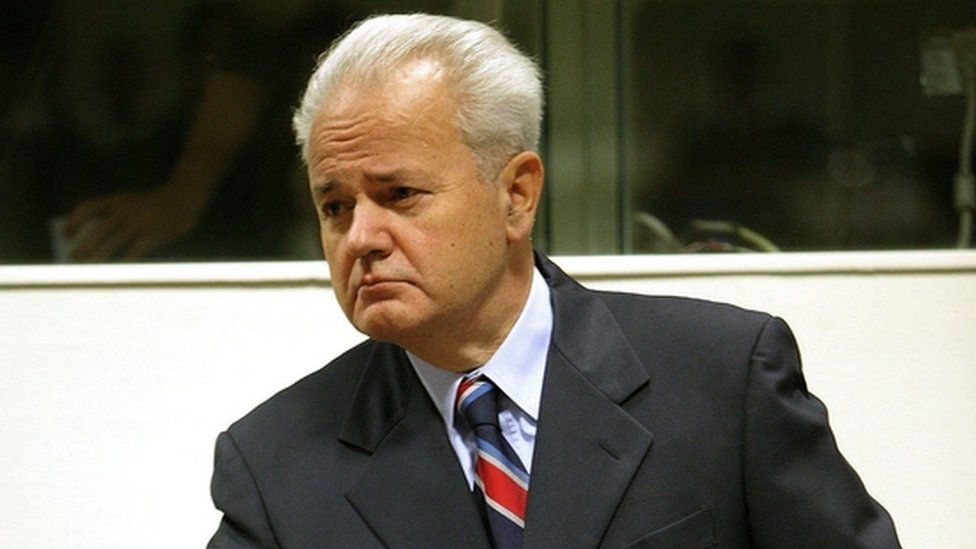 Notorious leader Milosevic revived in the Slobodan Show - BBC News