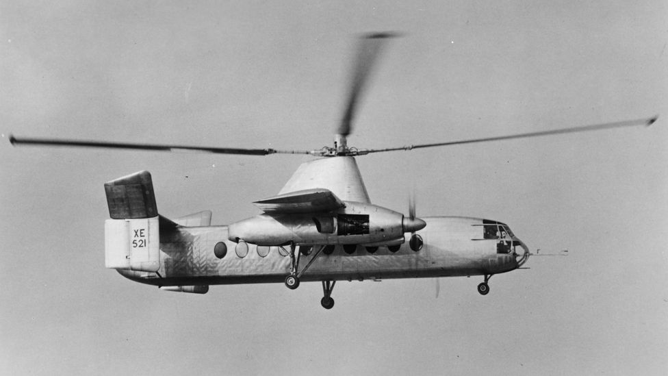 The Fairey Rotodyne prototype XE521 during its first flying demonstration for the press, at White Waltham, Berkshire, 3rd June 1958
