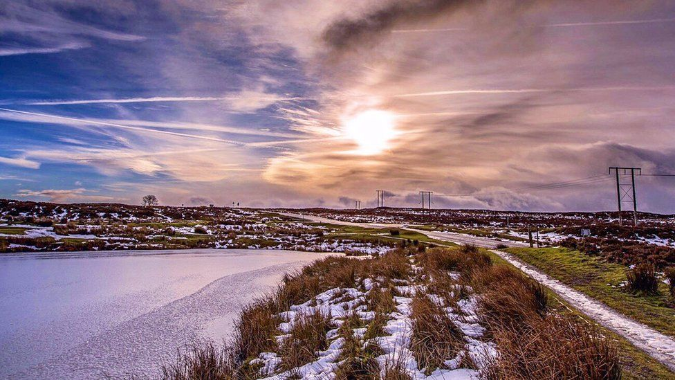 Snow and ice at the Keeper's Pond in Blaenavon
