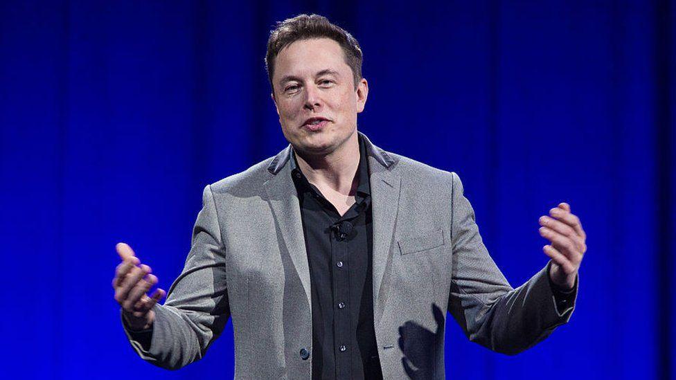 Neuralink, el ambicioso proyecto para conectar nuestros cerebros a las computadoras de Elon Musk, el hombre detrás de Tesla y SpaceX