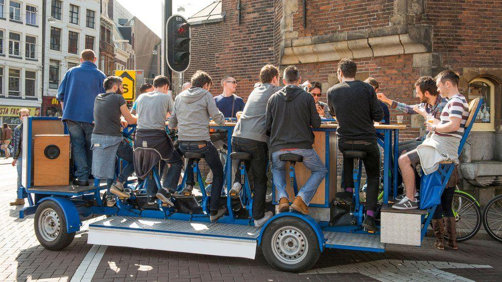 Amsterdam beer crawl bike