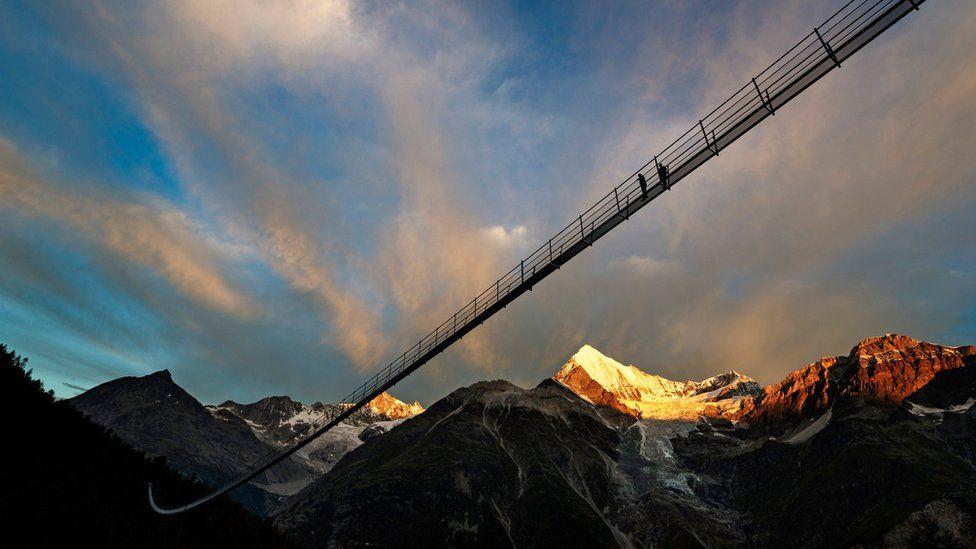 Подвесной мост около Церматта