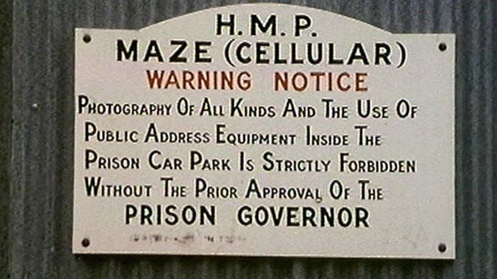 No photography sign at Maze Prison