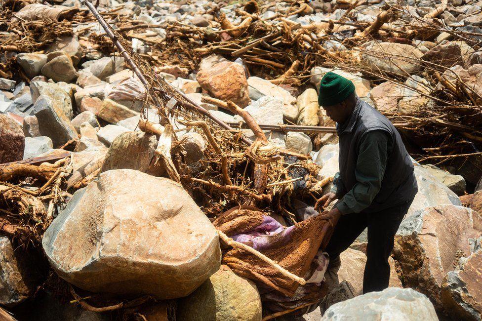 Cyclone Idai wreckage