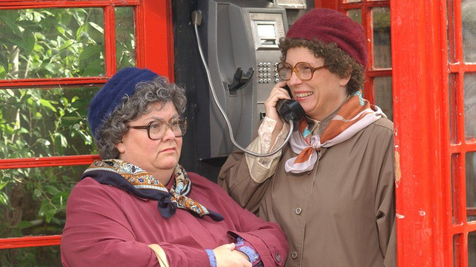 Dawn French (left) and Jennifer Saunders