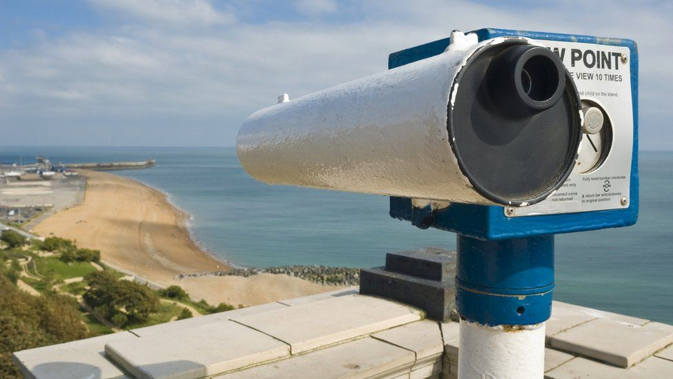 Telescope looks down at Folkestone beach