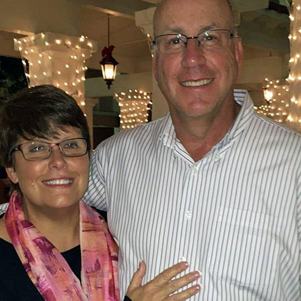 Sheila y su esposo.