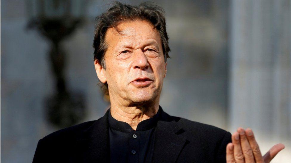 Imran Khan criticised for rape 'victim blaming' thumbnail