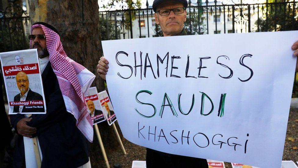 People protest against the killing of journalist Jamal Khashoggi outside the Saudi Arabian Embassy in London, October 26 2018
