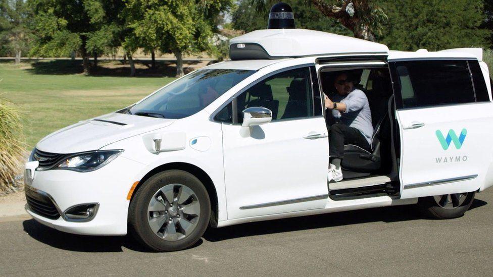The self-driving fleet will run on highly-modified Fiat minivans