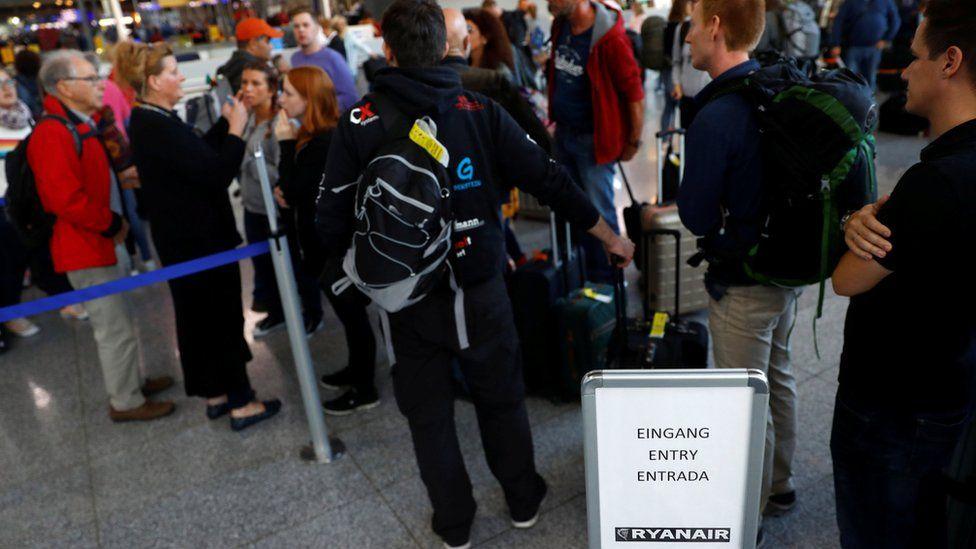 Ryanair passengers queuing during strike