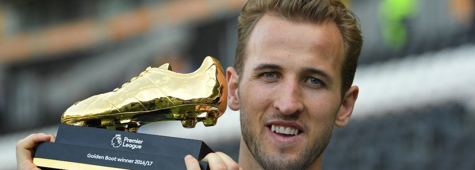 Harry Kane with the Golden Boot