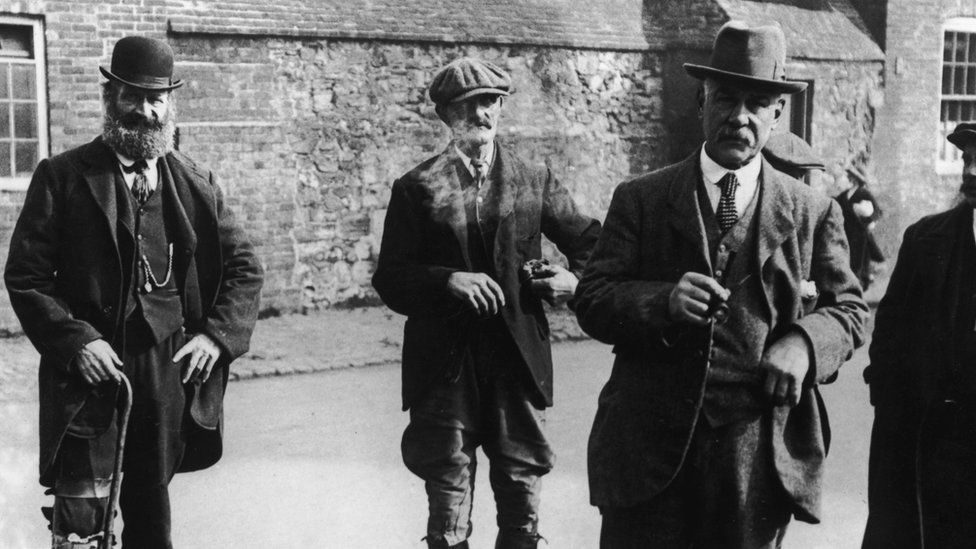 Joseph Cowell, a Leicestershire farmer who found the body of 21-year-old factory girl Bella Wright lying on a country lane, 1920. Local schoolteacher Ronald Light was tried for the murder and acquitted. With Cowell is Bella's uncle, George Measures.