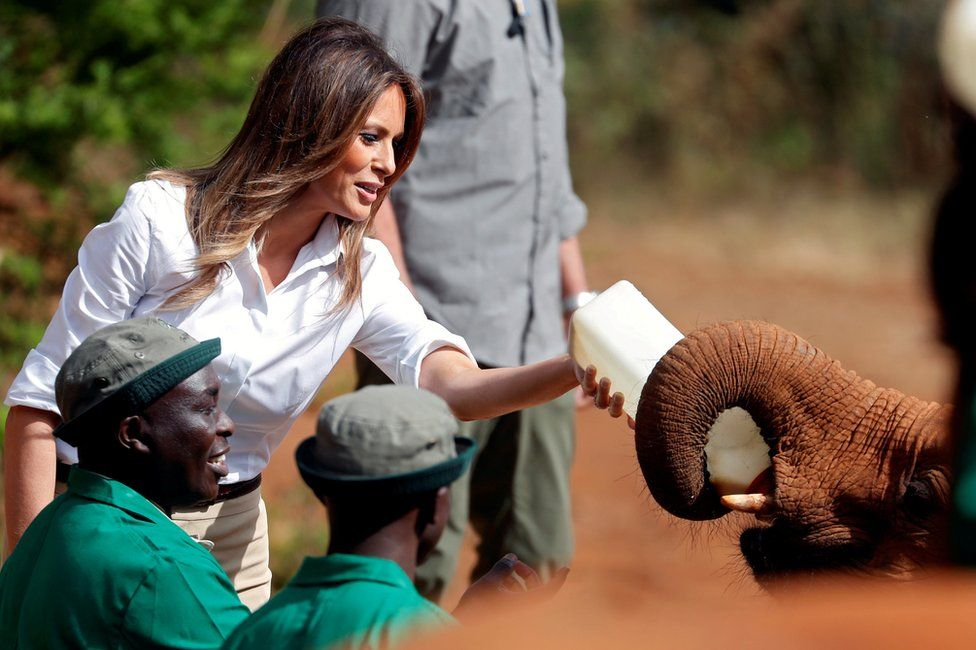 In pictures: Melania Trump's whistle-stop Africa tour - BBC News
