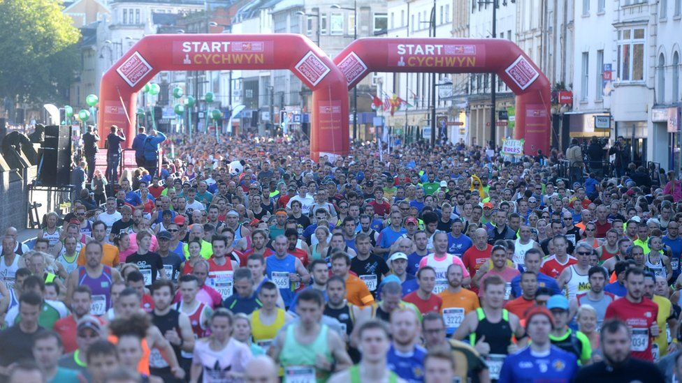 Hanner marathon caerdydd