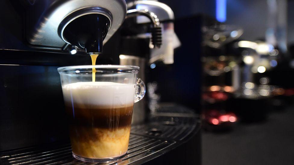 Capsule coffee maker