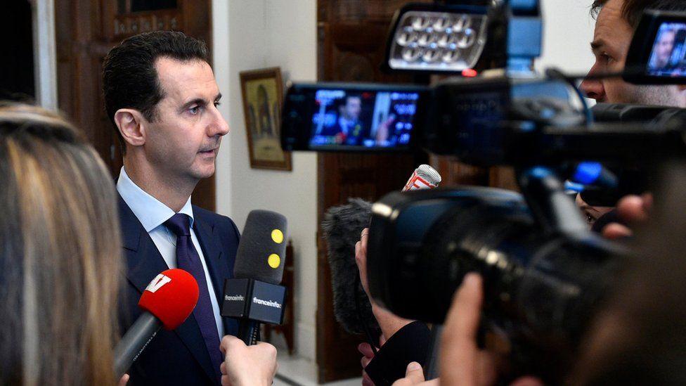 Syrian President Bashar al-Assad speaks to French journalists in Damascus (9 January 2017)