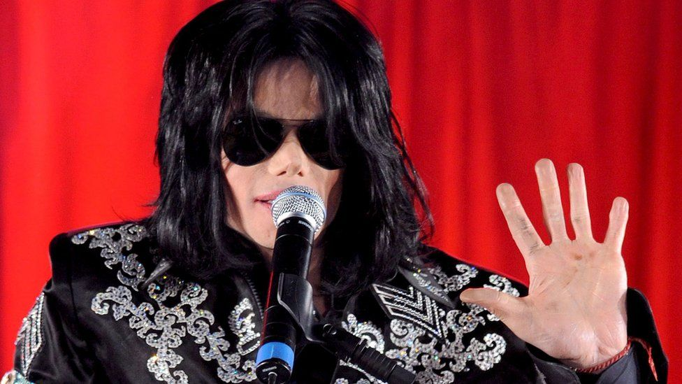 Michael Jackson's name has been taken out of Quincy Jones' show