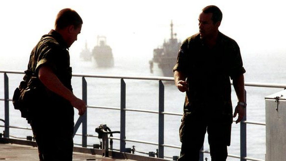 صاندي تايمز: بريطانيا ترسل قوات خاصة لحماية سفنها في الخليج