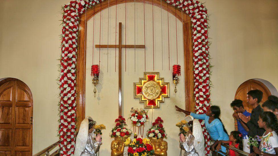 Sri Lankan Christians worship in Mannar, August 2017