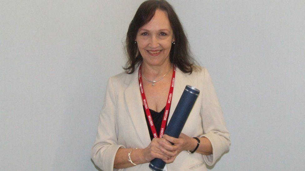 Sandra NicIlleathain