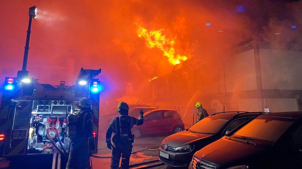 Perivale fire: Firefighters battle large warehouse blaze