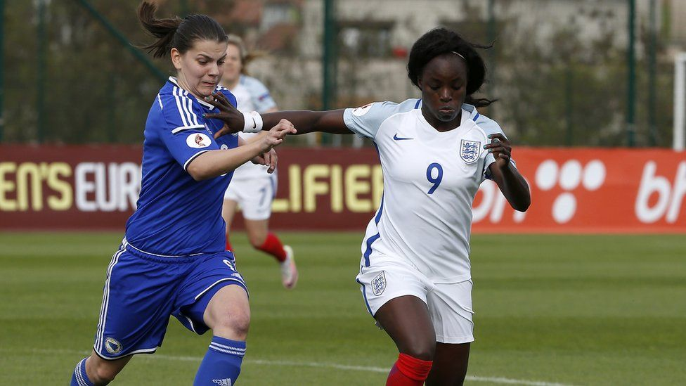 Eni Aluko playing for England in 2016