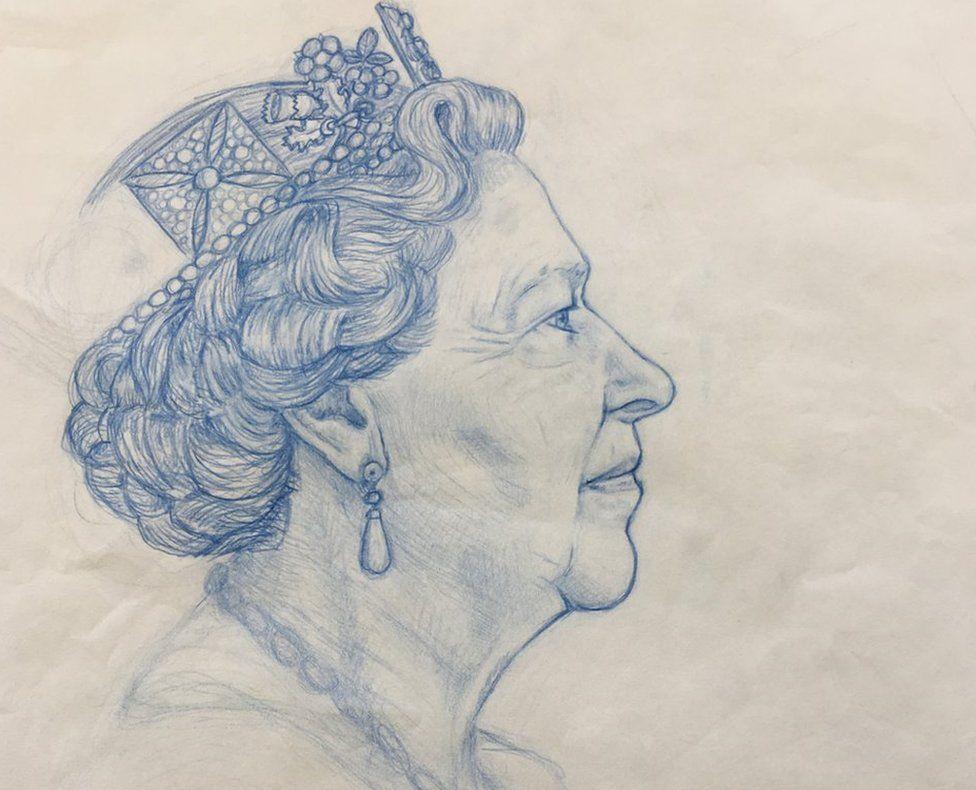 Queen coin design