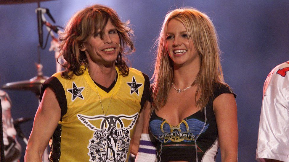 Steven Tyler and Britney Spears in 2001