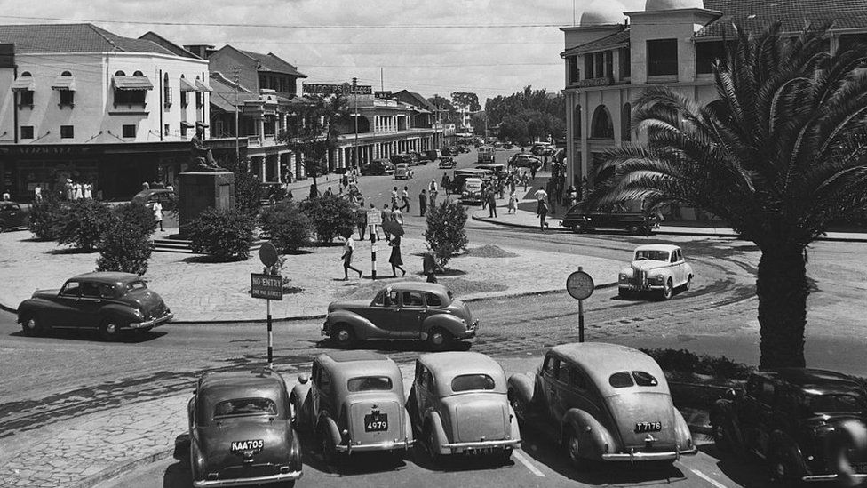Busy Delamere Avenue in the 1940s