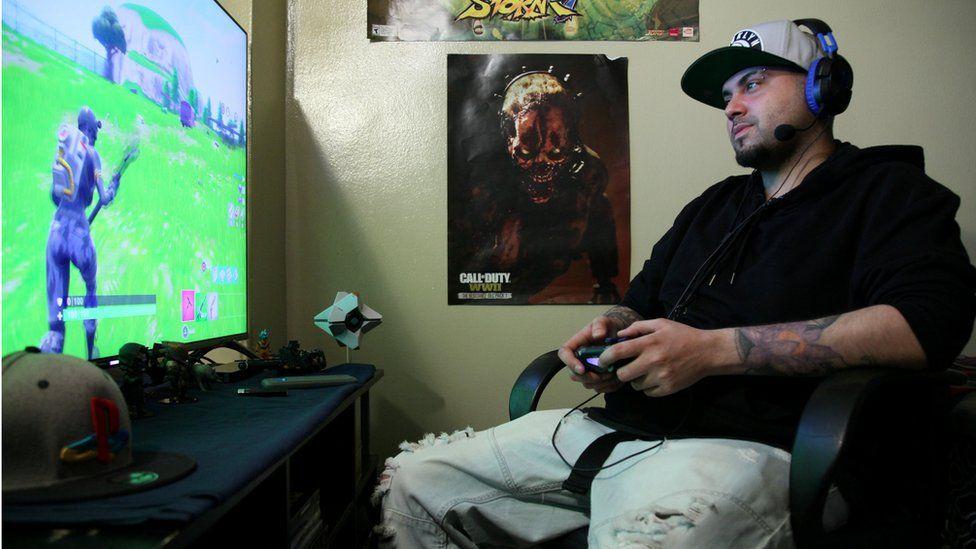 A man playing Fortnite