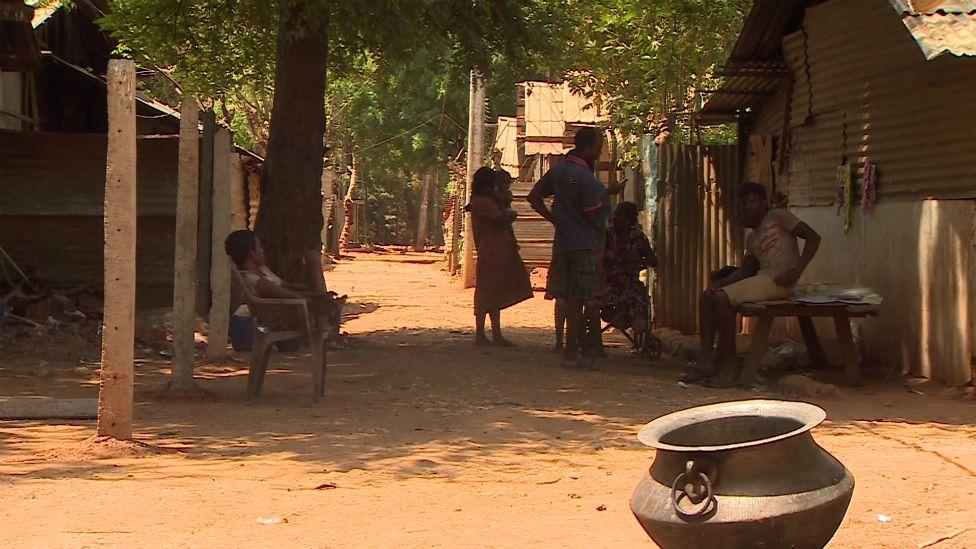 A slum close to the Thalsevana resort