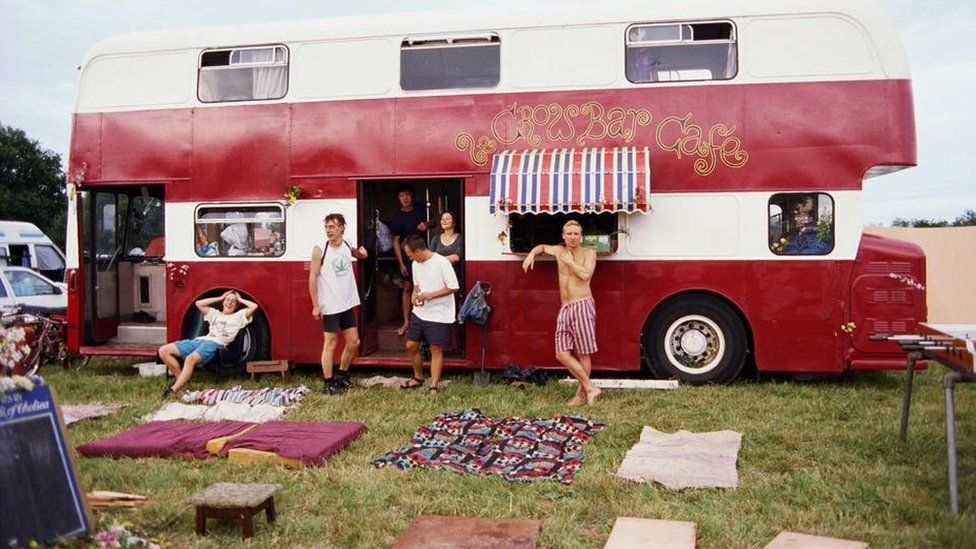 Le Crowbar bus