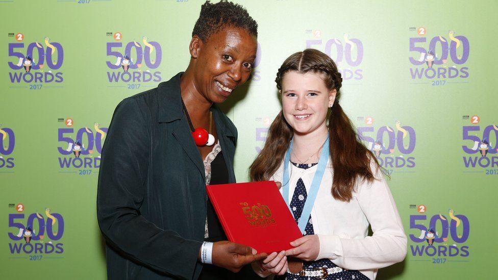 Noma Dumezweni with bronze winner Evie McKeon