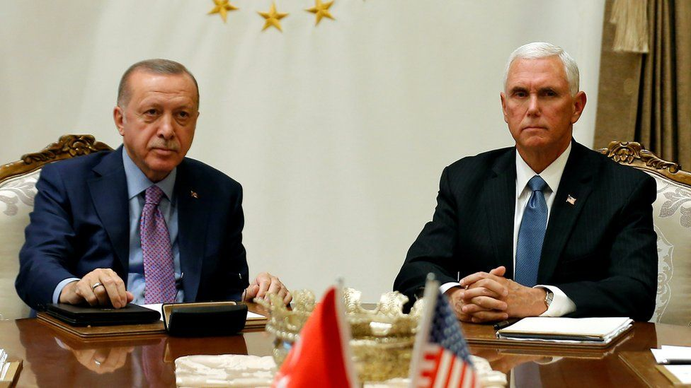 """Дайджест: Эрдоган согласился на перемирие и стал для Трампа """"чертовски хорошим лидером"""""""