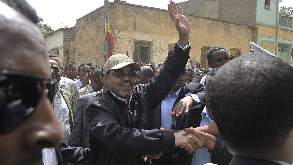 Meles Zenawi (C) greets supporters as he arrives on May 23,2010 to cast his vote at a polling station in Adwa, 900 kms north of the capital Addis Ababa.