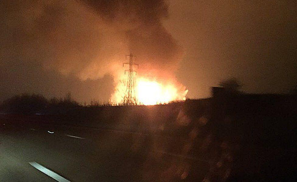 Photo of Enfield fire taken on M25