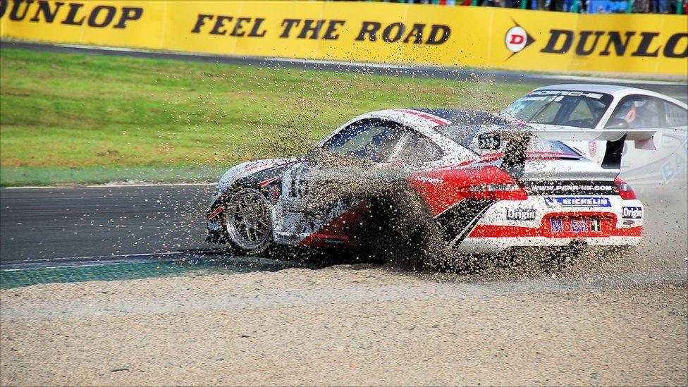 Porsche at Knockhill circuit