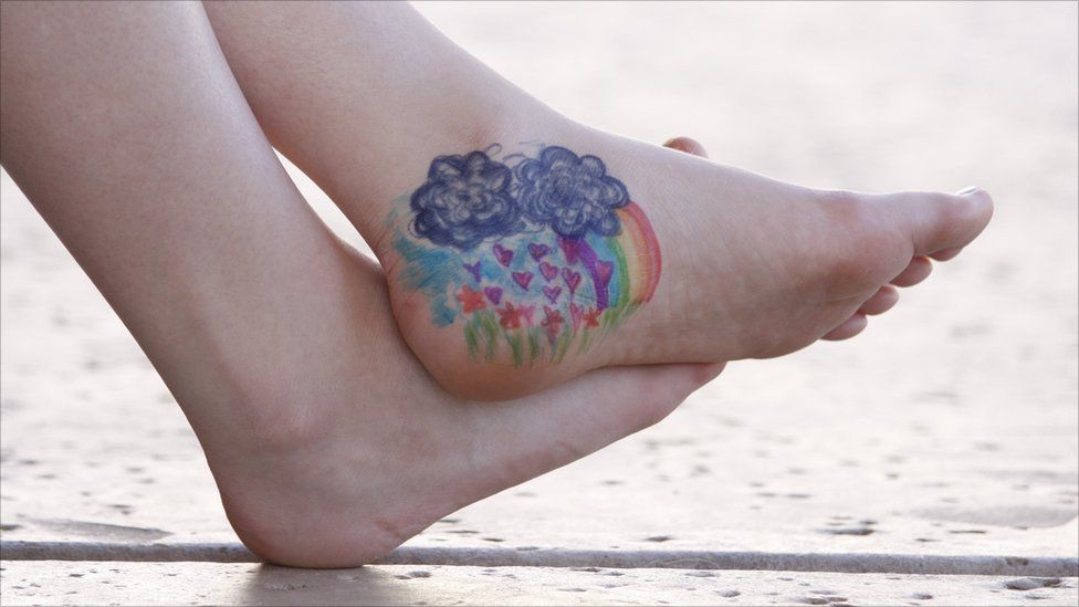 Scene painted on a foot
