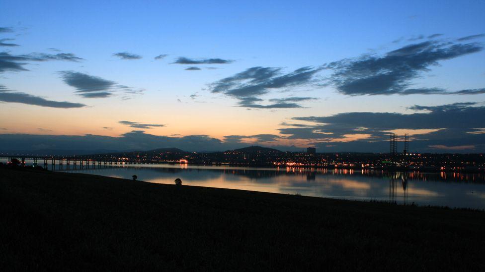 Dundee at dusk