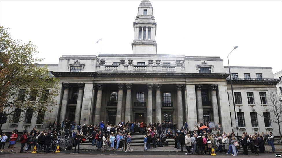 Crowd gathers at Old Marylebone Town Hall