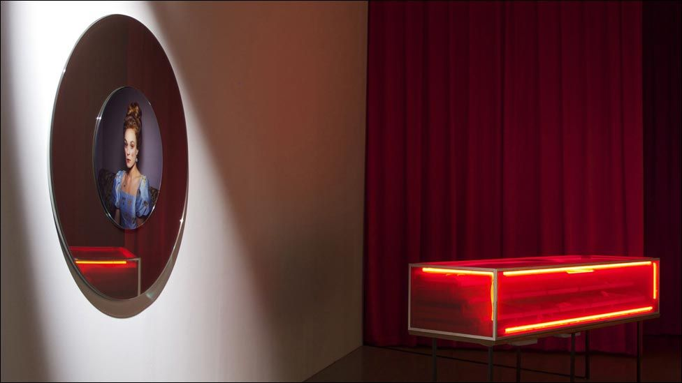 Gwaith Miriam Bäckström o Sweden Gwobr Artes Mundi 5 (2012)