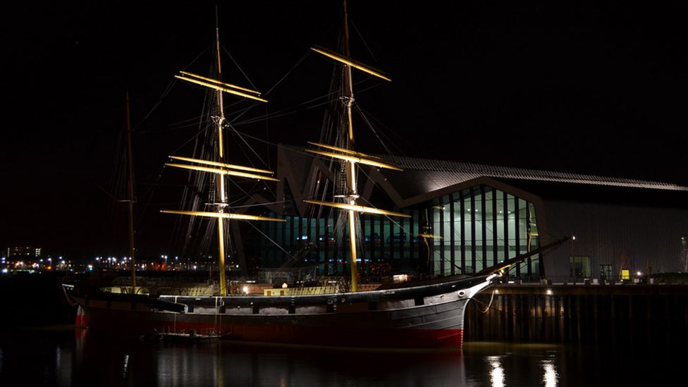 The Tall Ship and the Riverside Museum at night