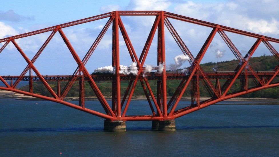 Steam train on Forth Bridge