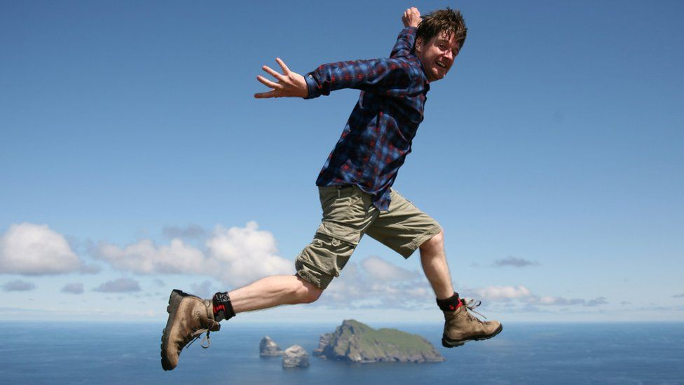 Nick appears to jump over Boreray