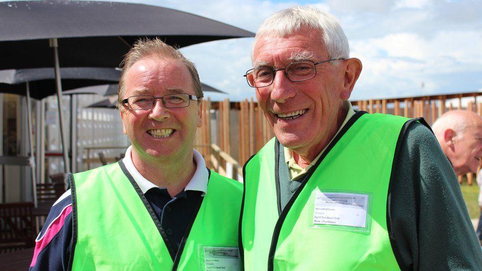 Denis Hawkins a Ken Williams