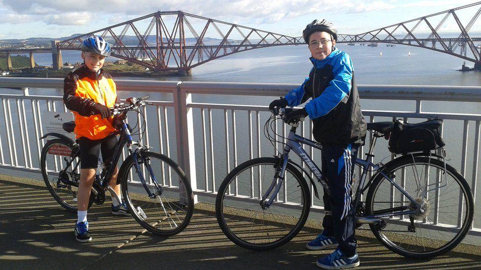 Blair and Callum on the Forth Road Bridge