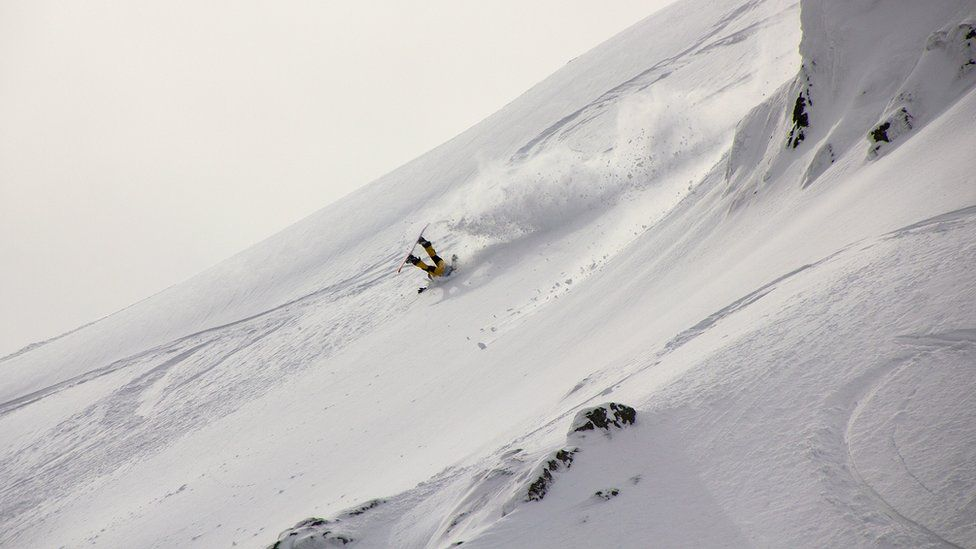 Snowboarder at Coe Cup freeride ski/board competition