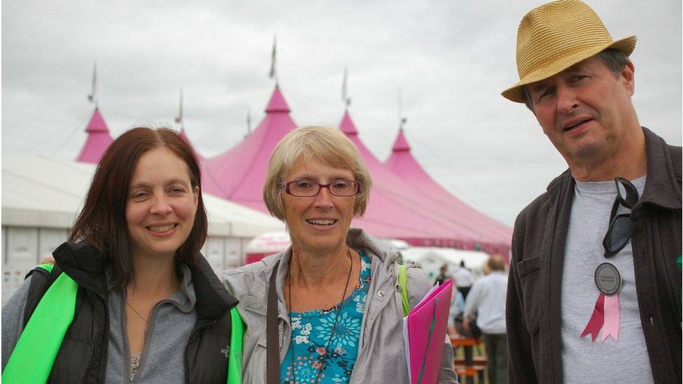 Sioned Jacques, Olwen Cottle, T. Gwyn Williams